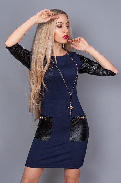 Стильное трикотажное женское платье с кожаными вставками по доступной цене.