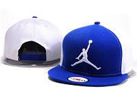 Кепка с прямым козырьком NBA Jordan white-blue