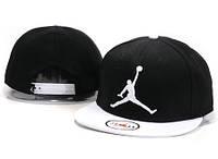 Кепка с прямым козырьком NBA Jordan white-black