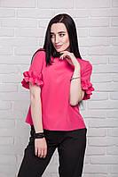 Красивая летняя женская блуза розового цвета