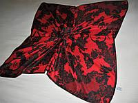 Платок Alexander McQueen шёлковый можно приобрести на выставках в доме одежды Киев