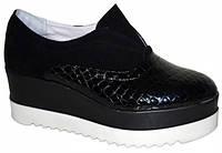 Женские черные туфли на платформе, замш и кожа рептилия.