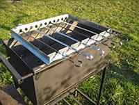 Устройство для вращения шампуров (переносная рамка)