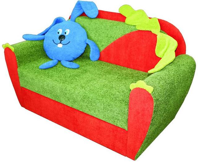 """Диван """"Крош"""" - характеристики:   Длина: 110 см. Глубина: 85 см. Высота: 92 см. Спальное место: 210×80 см. Механизм трансформации: выдвижной Допустимые отклонения в размере мебели +/-2 см."""
