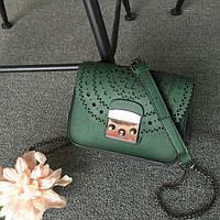 Стильная женская маленькая сумка темно зеленого цвета с орнаментом