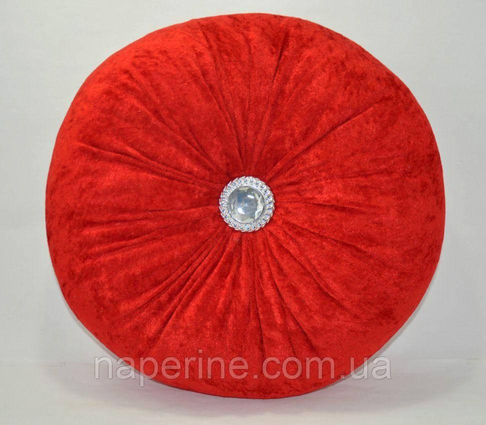 Декоративная подушка в восточном стиле красная