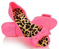Женские резиновые балетки розового цвета с бантиком
