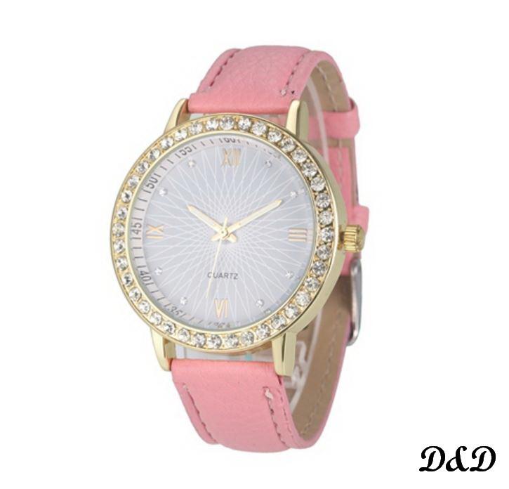 Часы женские розовые с камнями