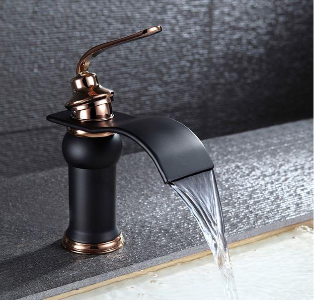 Смеситель кран для ванной темный однорычажный 0134