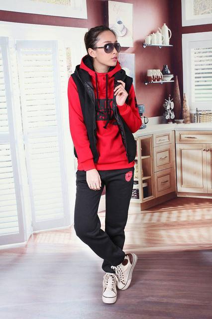 Выбираем спортивный костюм для девочки. Статьи компании «Оптово ... 2a64cdf249d