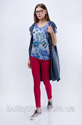 Женская футболка с ярким принтом