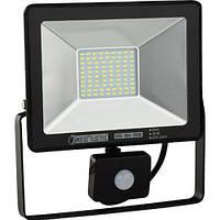 Светодиодный LED прожектор с датчиком движения 30W 6400K IP 65 Puma/S-30