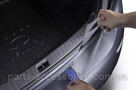 Infiniti Q50 2014-17 захисна накладка наклейка аплікація на задній бампер Нова Оригінал