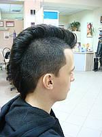 Модельна чоловіча стрижка Салон краси «Доміно» Львiв (Сихів)