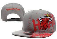 Кепка с прямым козырьком NBA Miami Heat Z-10640-3