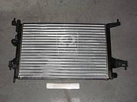 Радиатор охлаждения CORSA C 14/18 MT 09/00-(пр-во Van Wezel) 37002306