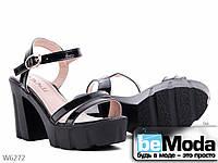Модные женские лакированные босоножки черные