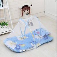 Детская кроватка с антимоскитной сеткой