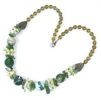 """Коллекция """"Подарок в год Змеи"""" - Ожерелье из зеленого граненого Агата, нефрита и чешского хрусталя"""