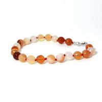 """Браслет из граненых шариков светло-оранжевого из натурального камня Сердолика """"Солнечный зайчик в твоих волосах"""""""