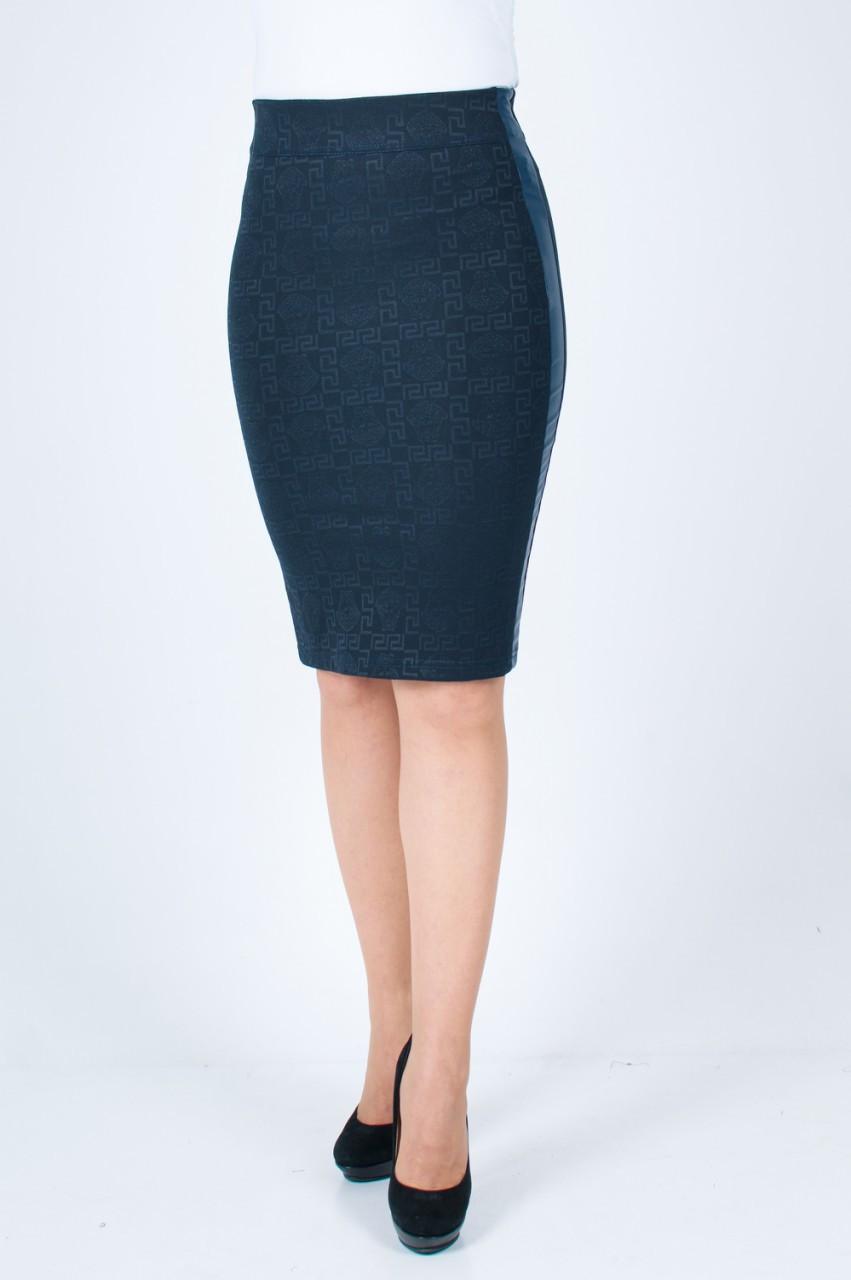 Модная женская юбка до колен с вставками эко-кожи Версаче синего цвета