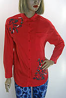 Червона жіноча сорочка з вишивкою