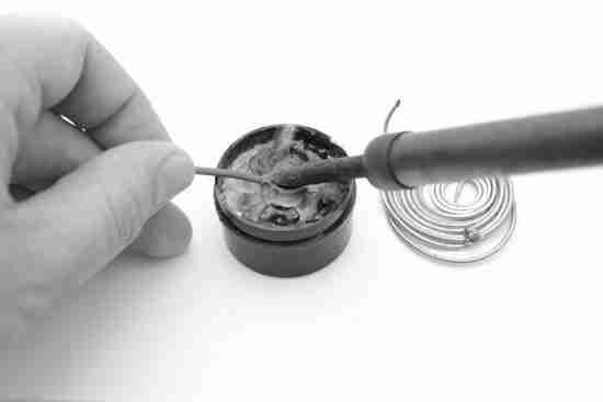 Расходные материалы и химия, инструмент для пайки