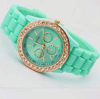 Наручные женские силиконовые часы Geneva со стразами