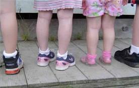 Дилемма: какую обувь купить ребенку на лето