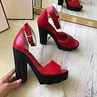 Босоножки женские на каблуке кожаные серые, красные Ko0021
