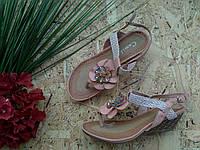 Босоножки Цветок Лотоса Танкетка 823-3 пудра 37р
