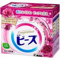 KAO New Fragrance Beads  стиральный порошок со смягчителем, с ароматом розовой розы, 850 г