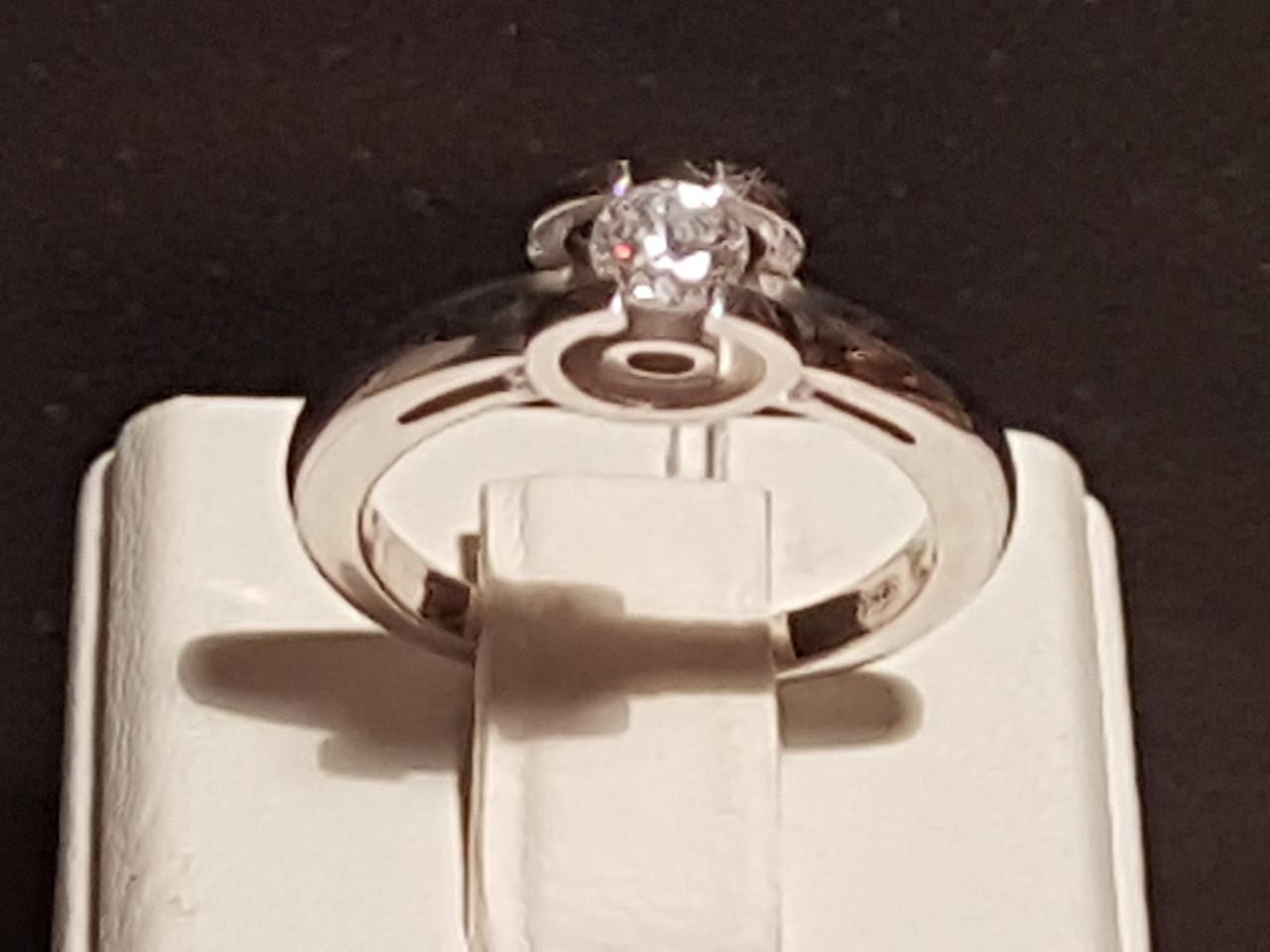 Серебряное кольцо с фианитом. Артикул 11002р 16,5