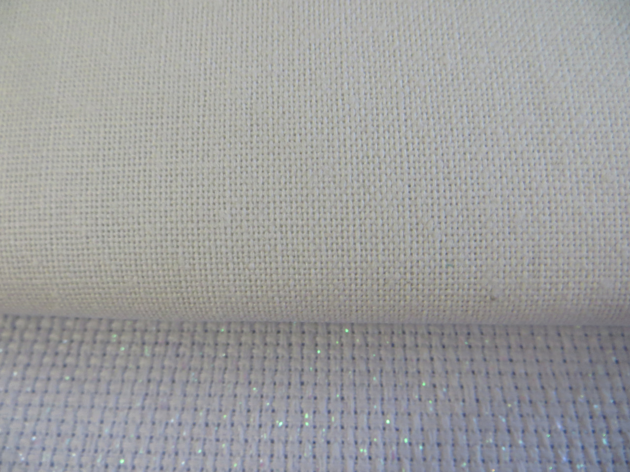 Ткань для вышивки 28 каунт, белая 50*50см
