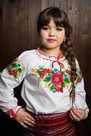 Симпатичная детская блузка с вышивкой