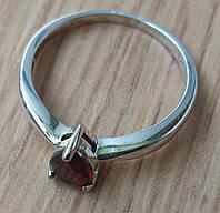 Кольцо серебряное 925 с натуральным гранатом р18.19