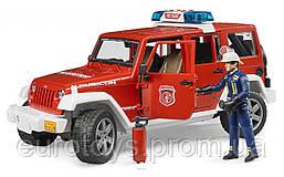 Игрушка Bruder джип Пожарный Wrangler Unlimited Rubicon с фигуркой пожарника М1:16 (02528)