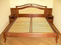 Кровать из массива с встроенными тумбочками