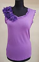 Красивая женская майка из ХБ трикотажа с цветком на плече (Франция)