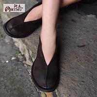 Туфли от Artmu на низкой подошве черные и коричневые