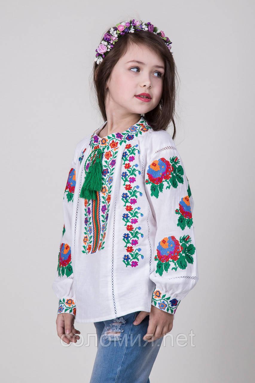 Вышиваннка для девочки с необыкновенным орнаментом