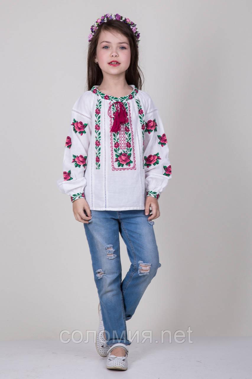 Вышиванка для девочки с розами