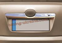 Накладка над номером Omsa на Toyota Camry XV40 2006-2011