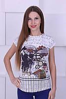 Трикотажная женская футболка с рисунком