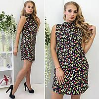 Легкое стильное летнее платье в цветы.