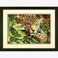 """70-35300 • Набор для вышивания крестом """"Отдыхающий леопард//Leopard in Reposel"""" DIMENSIONS Gold Collection"""