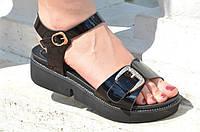 Босоножки, сандали на платформе женские черный глянц искусственная кожа