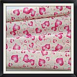 Гофрований папір 50*250 см Серця ( малинові), фото 3