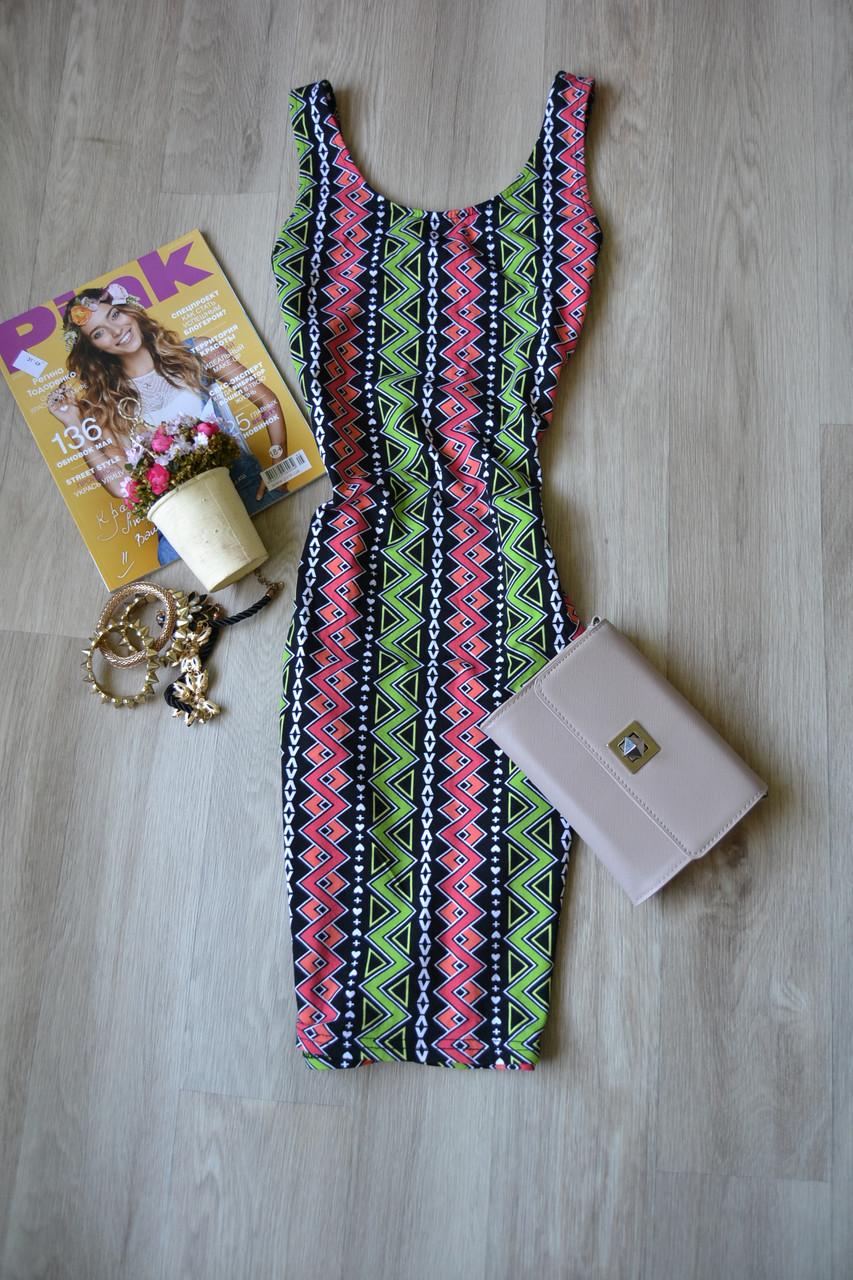 8b75e93f573 Облегающее короткое платье в принт H amp M  193 грн. - Платья ...