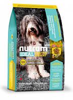 Nutram I20 для собак с проблемами кожи, шерсти или желудка Рецепт с ягненком и коричневым рисом 13.6 кг